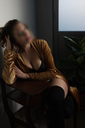 Sela sex dating in Centerville