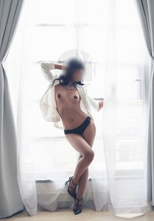Yamna sex contacts in Evansville